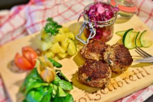 Meatball with salad